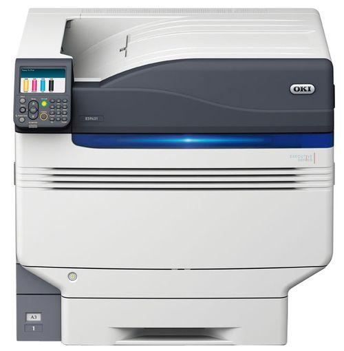 Передний план принтера с панелью управления