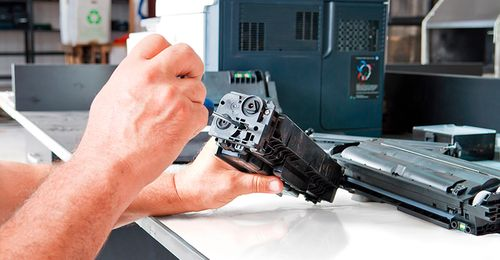 Как устранить неисправность, если принтер печатает черные листы