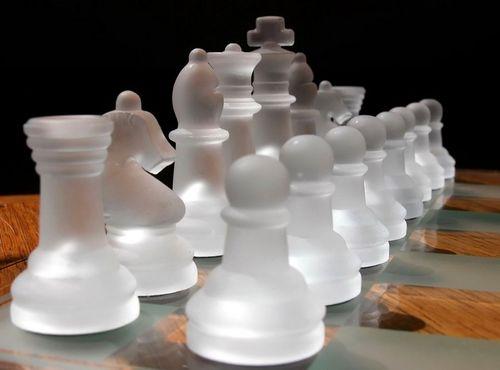 Шахматные фигурки