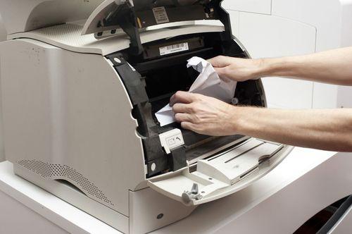 принтер заедает бумагу
