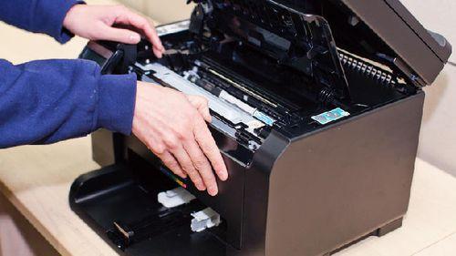 Почему принтер пишет, нет тонера и что делать