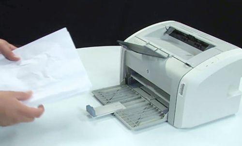 Что делать, если принтер жует бумагу