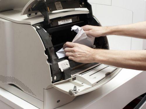 Принтер HP жует бумагу