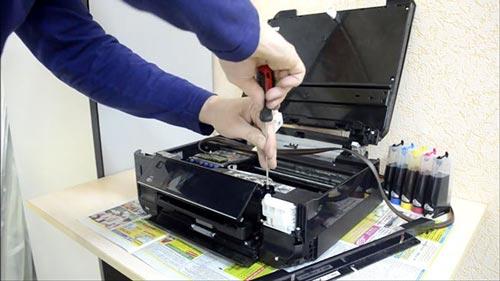 Горит значок капли на принтере Epson