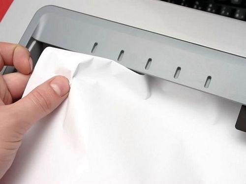 Принтер замял бумагу