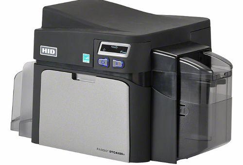 Принтер пластиковых карт Fargo